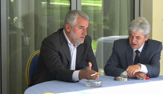 Menduh Thaçi godet Ali Ahmetin: S'ka koalicion me BDI-në
