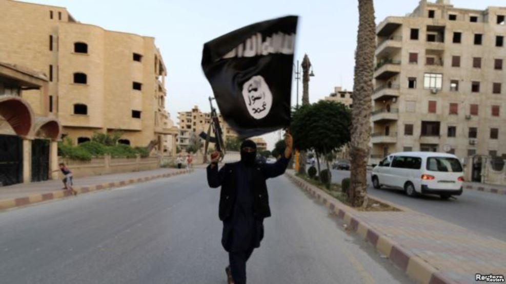 Shfrytëzohen rrugët alternative për t'i dërguar njerëzit në Siri e Irak