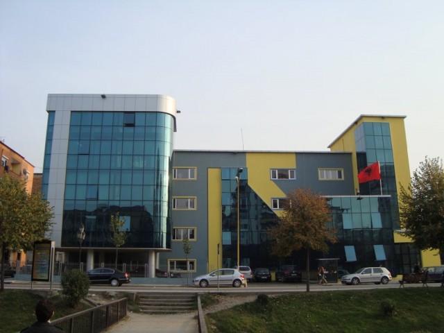 Shqipëria mbyll çerdhe, kopshte, shkolla prej frikës nga epidemia e gripit