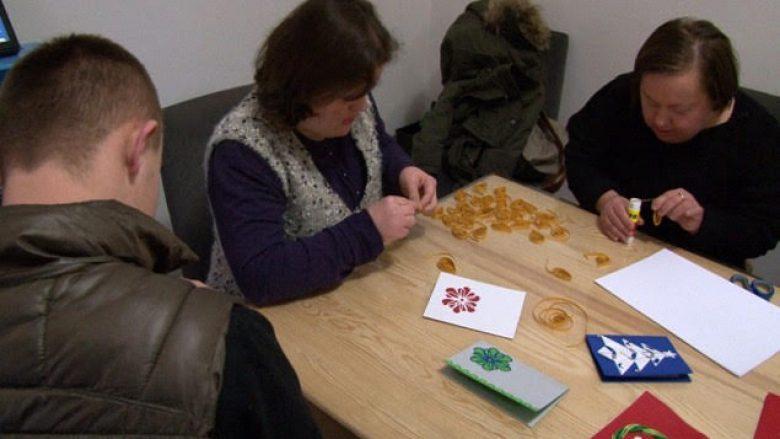 Aktivitet dhe socializimi i fëmijëve me sindromën Down (Video)