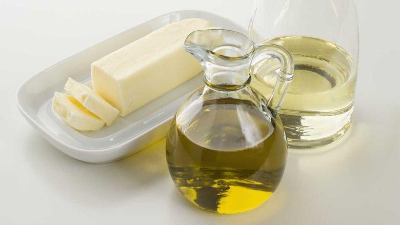 Ju mund ta zëvendësoni lehtësisht gjalpin( tëlynin ) me vaj ulliri në këto receta