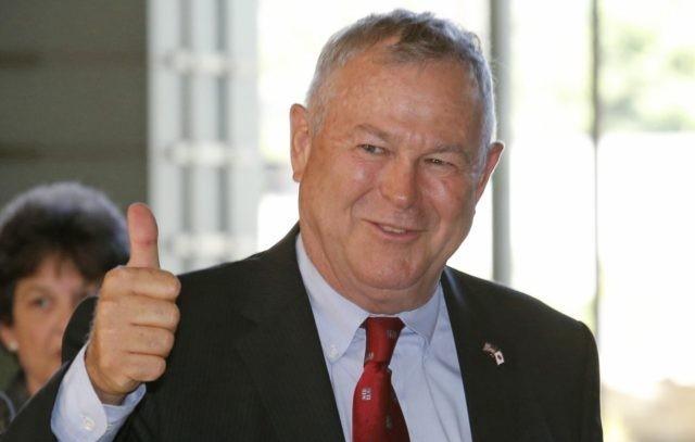 Kongresmeni amerikan Rohrabacher: Maqedonia duhet të ndahet (VIDEO)