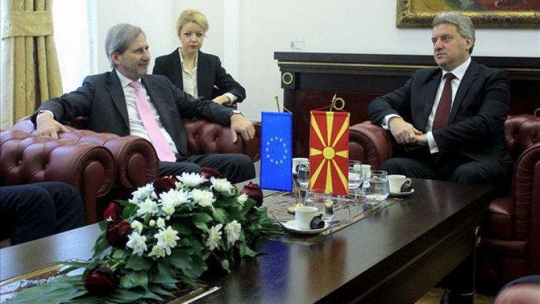 Ivanovi i ankohet Hahn-it për përzierje të shteteve fqinje në punët e brendshme të Maqedonisë