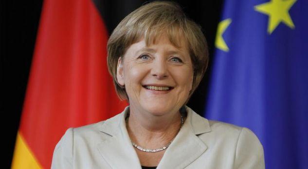 Merkel thotë se është në interes të Evropës që të ketë marrëdhënie të mira me SHBA-në