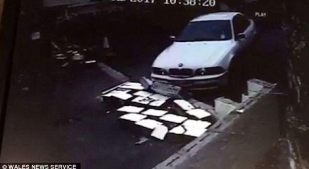 Kur BMW-ja përdoret si buldozer, për t'i prishur murin komshiut (Video)