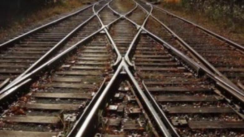Të punësuarit në Hekurudhat e Maqedonisë hidhen në grevë