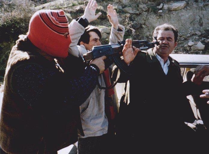 Foto: Nga Aldo Bare te Zani Caushi, bandat kriminale dhe famëkeqe që terrorizuan Shqipërinë