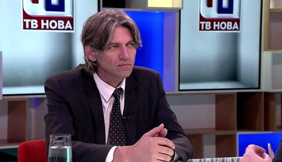 Sela: Nuk mund të më ndalin maqedonasit të hy në Parlament (VIDEO)