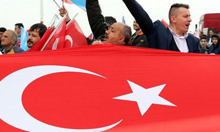 Turqia voton në referendumin historik