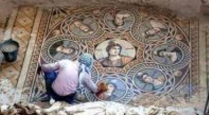 Listë fjalësh: Pri-para-greke, mbi 9000 vjeçare, që mund të kuptohen vetëm në shqip