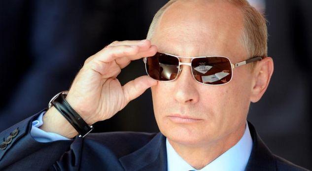Ja si po përpiqet Putin ta pushtojë botën
