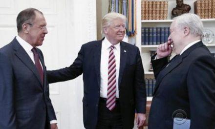 Zbulohet çka foli Trump me zyrtarët rusë dhe kë e quajti të çmendur