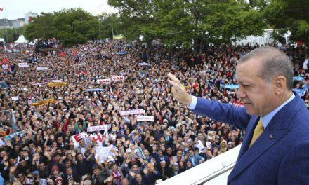Turqi, Erdogan shtyn gjendjen e jashtëzakonshme