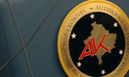 AAK i reagon Vulinit: Serbia nuk është gati për paqe