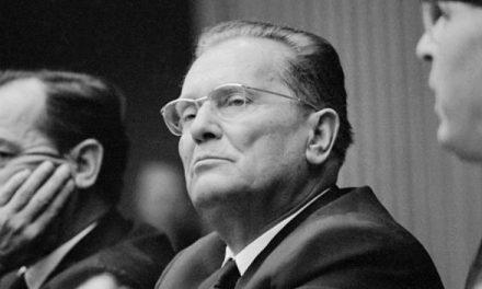 Ballafaqimi me qentë dhe fjalimi për Italinë e Kosovën që Tito i ka ndaluar: Fshijeni nga kaseta! (Video)