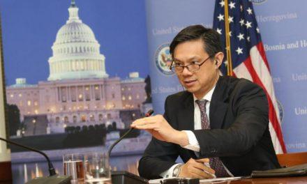 Zyrtari i DASH: Roli amerikan i nevojshëm në Ballkan. Si u zgjidh ngërçi politik në Shqipëri
