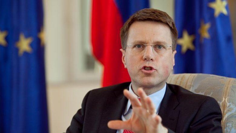 Zhbogar: Te populli i Maqedonisë shohim optimizëm dhe politikanët duhet ta ruajnë atë