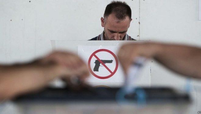 Aktivisti i LDK-së kapet duke e fotografuar votën e tij