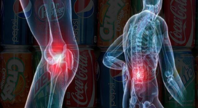 Kjo pije shkatërron kockat dhe ju vazhdoni ta konsumoni çdo ditë