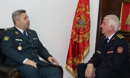 Shefi ARM-së për vizitë zyrtare në Mal të Zi