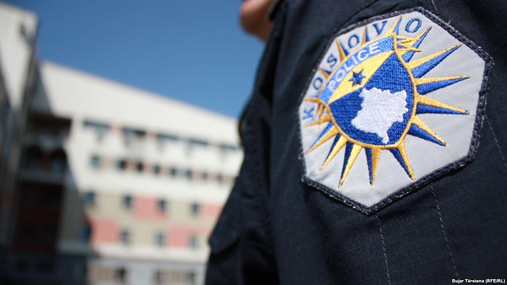 Një i vrarë dhe dy të plagosur në afërsi të Prishtinës