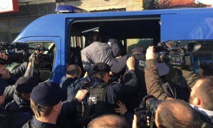 Ja ku janë dërguar Albin Kurti dhe deputetët tjerë të arrestuar (Foto)