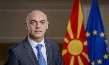 Hazbi Lika mbush policin dhe doganat me shqiptarë